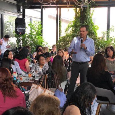Se reúne Mauricio Kuri con mujeres empresarias