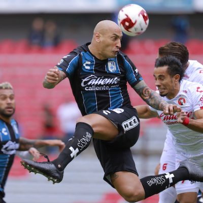Pega Gallos a su hermano mayor Xolos de Tijuana 3-0
