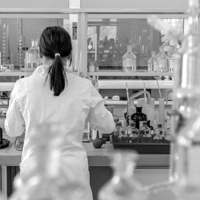 Suman 87 casos confirmados de COVID-19 en Querétaro