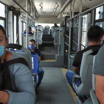 Refuerzan medidas en transporte público por COVID-19