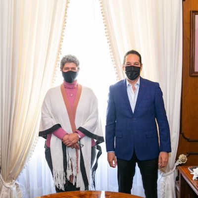 Gobernador se reúne con rectora de la UAQ