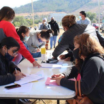 Entregan apoyos para el mejoramiento de vivienda en Huimilpan