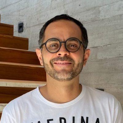 Entrevista a Gustavo Villegas, un artista de tiempo completo