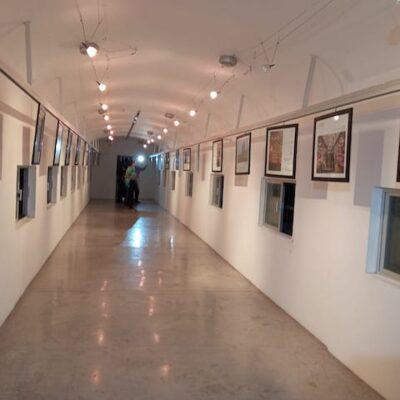 Inauguran exposición fotográfica 'Camino y destino: Santiago de Compostela'